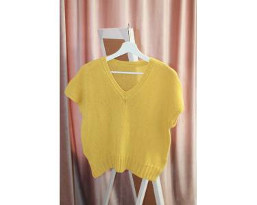 Описание вязания жилета из пряжи Кашемир/шерсть/вискоза/нейлон art Taipei, цвет желто-горчичный