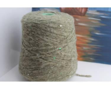 Пряжа с паетками Шерсть/хлопок/акрил Art Dudu Pail, цвет светлого зеленого папортника с изумрудными-серебристымипаетками